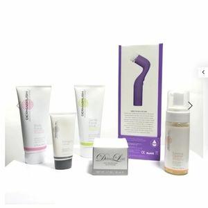 NIB DermaLuxe. Facial cleansing kit.